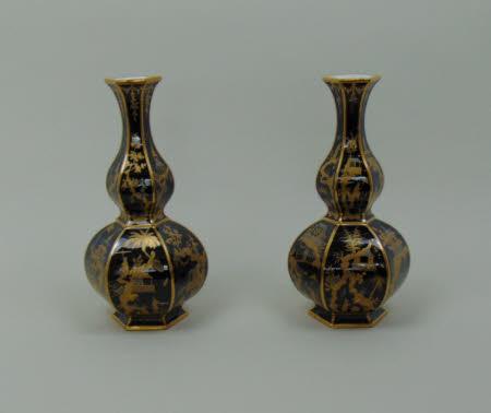 Hexagonal double-gourd bottle