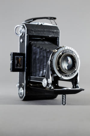 Kodak Vollenda 620 Type 110 folding rollfilm camera