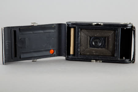 No.3 Autographic Kodak Special Model H, folding rollfilm camera