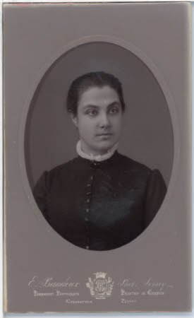 Unknown lady, head and shoulders portrait