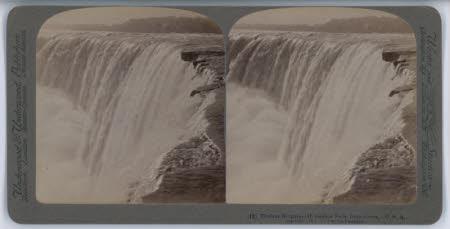 Tireless Niagara - Horshoe Falls, from Above