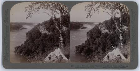 Autumn Beauties along Niagara's preciptitous banks looking up towards the Falls - U.S.A.