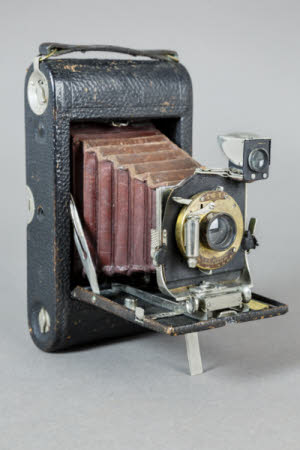 A Kodak No 3 model D folding pocket rollfilm camera