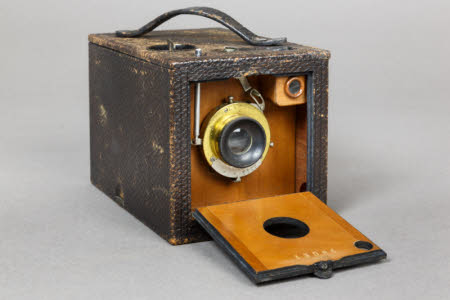 A Kodak No.2 Bulls-Eye Special Camera.