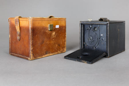 A Kodak No2 Plico camera in a leather case.