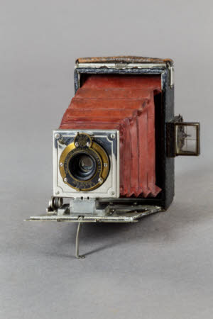 A Kodak Premorette Junior folding plate camera.