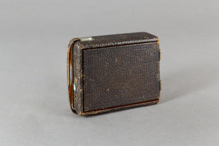 A Pocket Poco folding plate camera