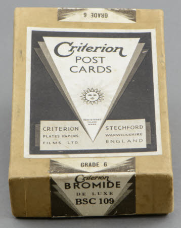 Box of 100 Criterion Bromide De Luxe BSC 109 Grade 6 photographic paper post cards.