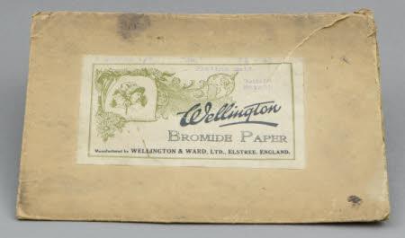A card envelope (empty) for Wellington Bromide photographic paper