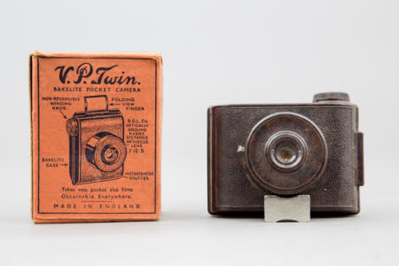 V.P. Twin vest pocket miniature camera in original box (by E. Elliott Ltd).