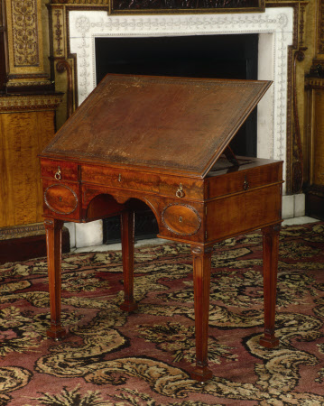 Style Of workshop of Thomas Chippendale fl 1766 1771 when operating without a business partner Plan - Lovely finewood Picture