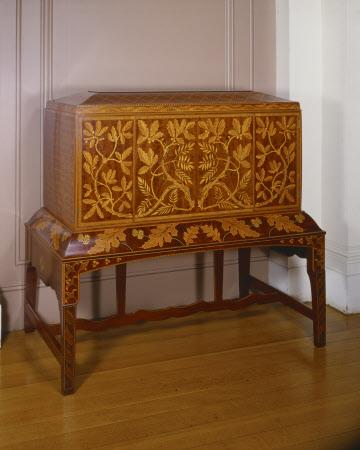 Secretaire Cabinet